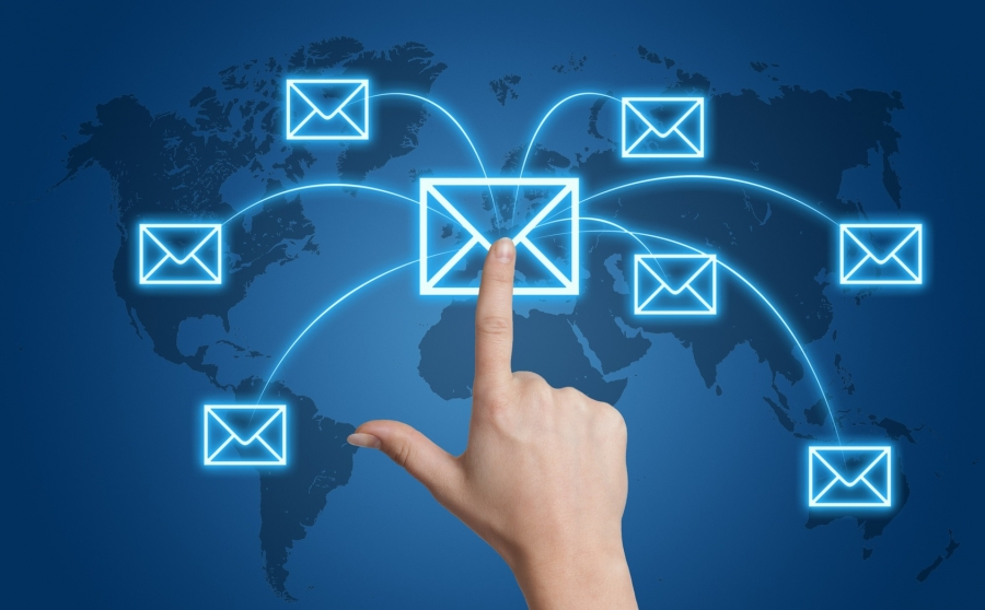 Managing effectiveness of Email campaigns